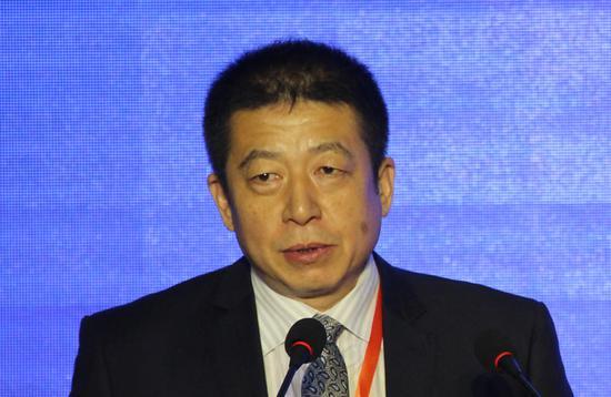 """""""胡俞越:中国迫切需要推出人民币外汇期货"""