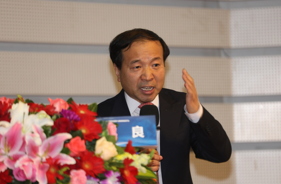 皇浦线上娱乐开户,汇丰:对内地汽车行业表示审慎乐观 看好东风集团