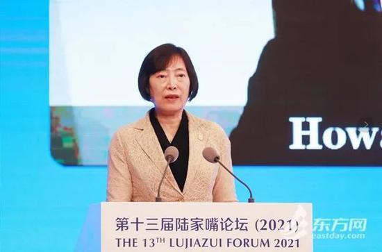 中国进出口银行胡晓炼:绿色金融为人民币国际化带来新机遇