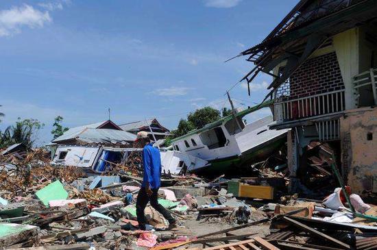 """""""世界银行将为印尼提供10亿美元贷款 用于灾后重建"""
