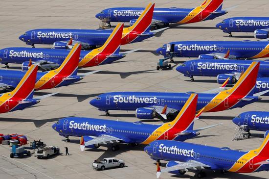 2019年3月26日,美國加州Victorville,西南航空停飛的波音737 MAX 8停在機場。REUTERS/Mike Blake