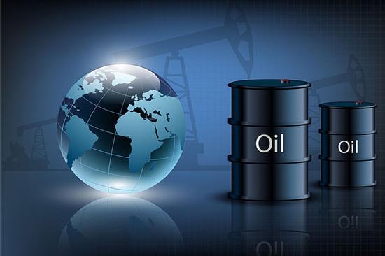 国际油价因美元上涨回落 美原油贴水触及三年来最高