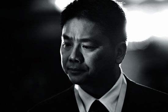 是谁在抛弃刘强东?