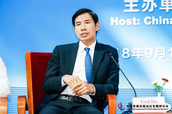 胡祖六称减税优于刺激政策 后者急功近利加剧不平衡
