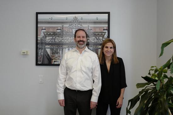 诺曼博士与诺曼先生(Expert Admissions创始人之一, 原纽约州教育局顾问)接受访问