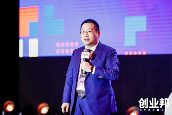 北京大学光华管理学院组织与战略系教授系主任路江涌
