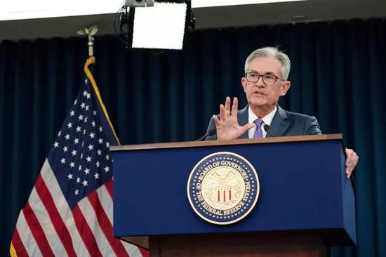盘前:美联储时隔10年重启降息 美股期指小幅上涨