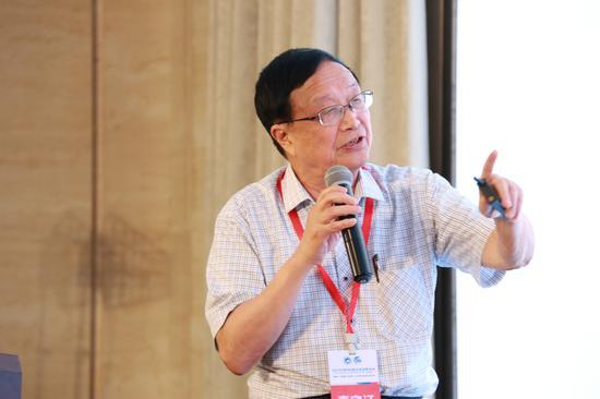 中国科学院院士曹春晓