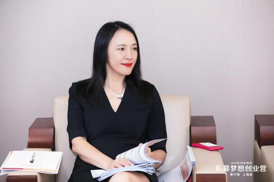 水晶老虎娱乐场·千亿国企美女换帅:主管单位领导被免 悬疑仍未解开?
