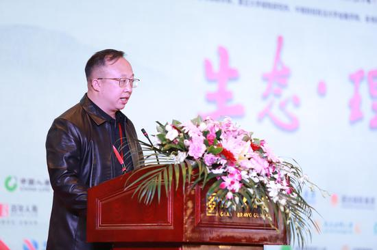 韦崇广:积极推进临桂区康养旅游项目建设