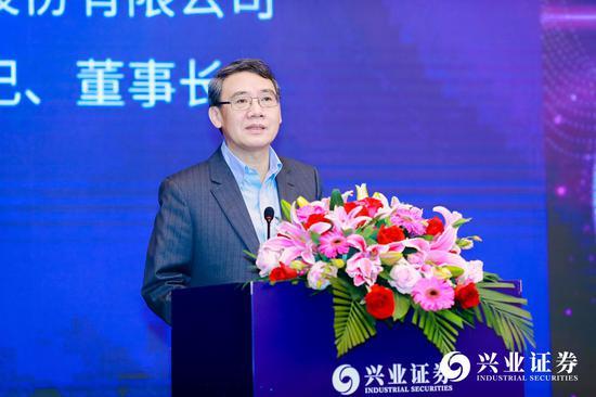 「manbetx提款·免费」半场战报:中国1-0中国香港 吉翔头球首开纪录