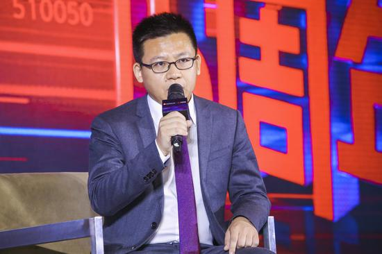 豪客国际网址_中国新水墨40年,180位艺术家200件作品,你喜欢哪一幅?