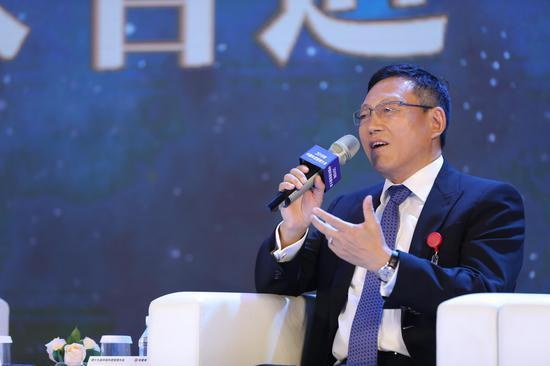 双喜娱乐场官网|网剧《穿越火线》开机 吴磊化身电竞少年