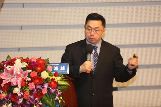 充气娱乐场澳门赌场-马云:中国教育把孩子教成了一个机器 却竞争不赢机器