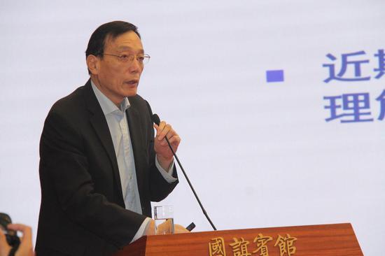 刘世锦:建议通过城乡要素流动加