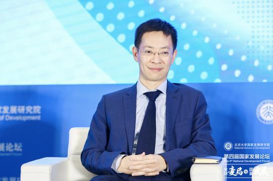 北京大学国家发展研究院党委书记 余淼杰