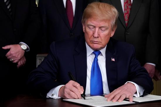 特朗普据悉将宣布部分关税可延期90天缴纳