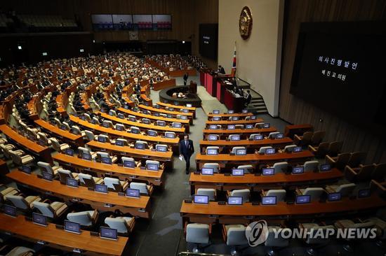 《【超越在线登录注册】韩国会通过政府第三期补充预算案 规模创历史新高》