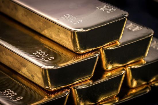 周四黄金期货收高0.3% 白银期货涨1.1%