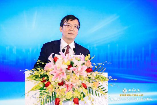 诸建芳:明年中国经济增速或最高 关注人民币汇率