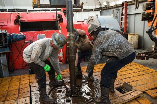 本周美油期货上涨8.9% 布油上涨7.8%