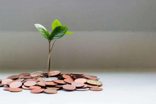 """黄益平谈2021年的政策目标与选择:回归""""常态经济增长"""""""