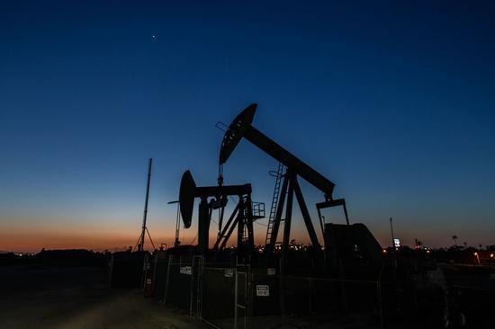 本周WTI原油跌0.3% 布伦特原油跌0.6%