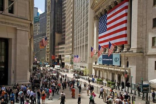 美国监管机构准备给华尔街提供400亿美元的缓刑