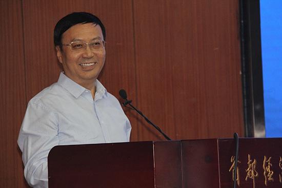 中国社会科学院副院长高培勇演讲
