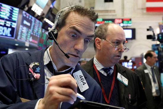 收盘:美股涨跌不一 道指再创历史新高