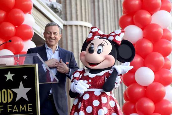 迪士尼CEO艾格將Disney+稱爲他的首要任務。圖片來源:ANDREWGOMBERT/EPA/SHUTTERSTOCK