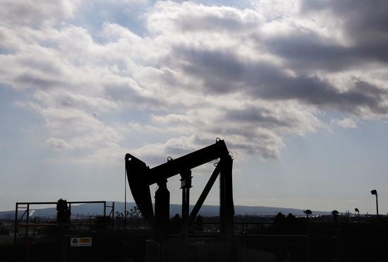关注疫情影响 周四国际油价小幅收高