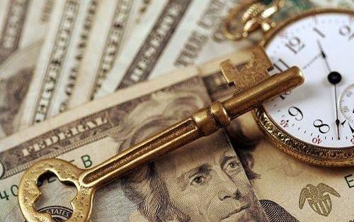 花长春:美国对中小企业和个人派现已达9万亿人民币