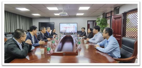 —上海市基金同业公会走进武汉三院慰问白衣天使