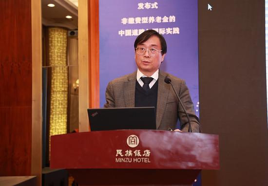 中国劳动和社会保障科学研究院院长 金维刚
