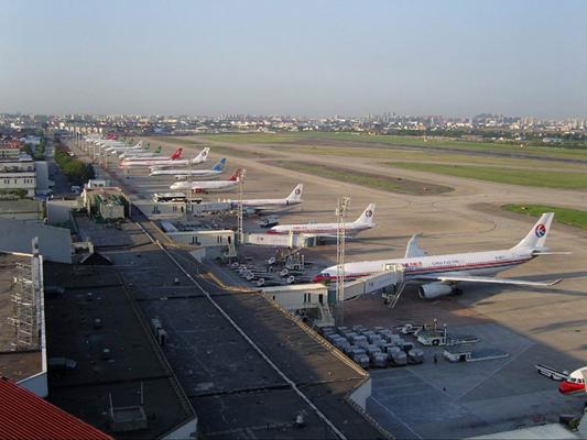 图8-5 上海虹桥国际机场