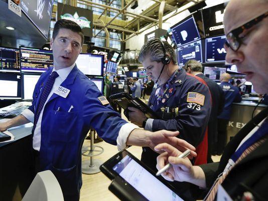 对贸易的担忧和科技股持续疲软 美国股市第二季度开始大幅下跌