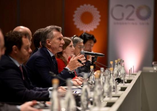 2018年3月20日,阿根廷布宜诺斯艾利斯,阿根廷总统马克里在G20会议上讲话。Argentine Presidency/Handout via REUTERS