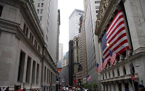 罗思义:华尔街可能成为特朗普对华贸易战的软肋