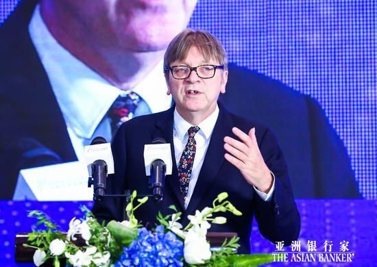 Guy Verhofstadt:欧洲需要完成银行联盟构建