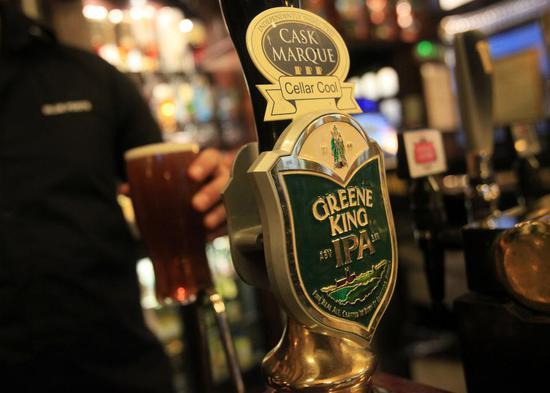 李嘉诚家族企业46亿英镑收购英国最大酒吧运营商