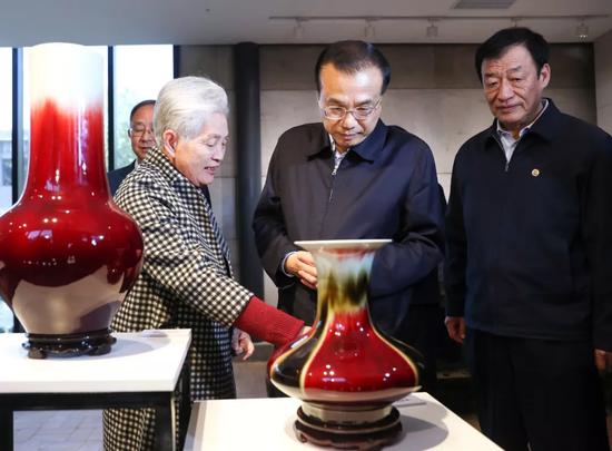 www.xin888444.com - 红星锐评:副省长遭遇强制消费 云南旅游须猛火良药