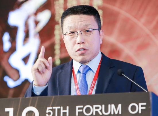 「香港天下彩票预测」买车可得补助、加快推出5G商用牌照……国家10部委推24条政策,刺激汽车、家电、养老、旅游等民生领域