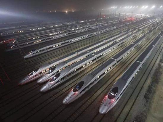 周琼:从英美等国情况看中国高铁之争