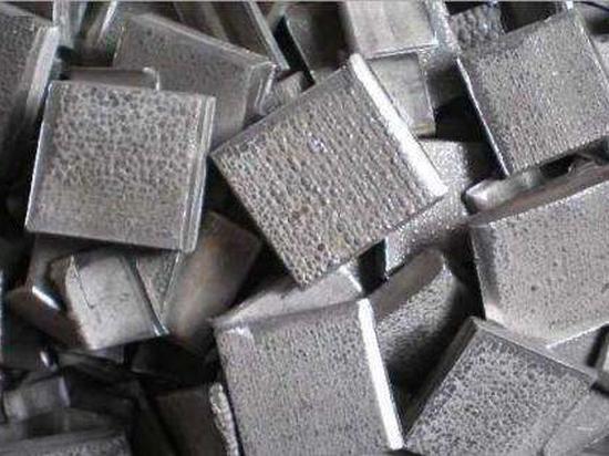 瑞达期货:沪镍承压下挫 镍矿进口下降