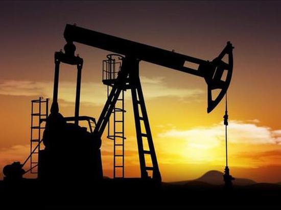 俄罗斯10月原油产量小幅下降 但仍未履行减产承诺