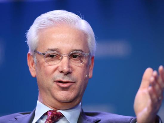 富国银行任命纽约梅隆银行的查尔斯-沙夫为CEO