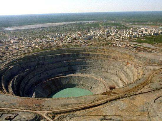 2021年起必和必拓旗下智利铜矿将采用绿色能源