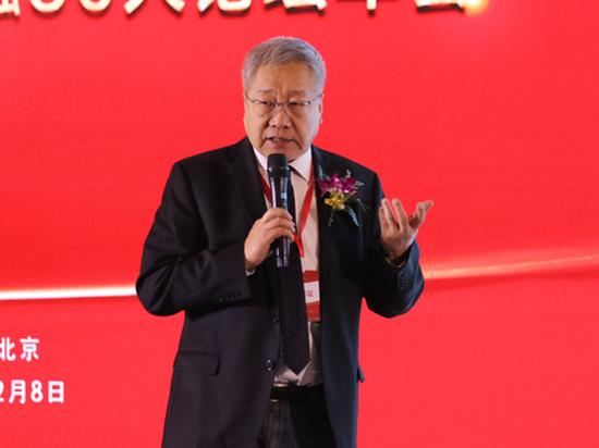 郑秉文:发展养老行业可以促使经济转型、拉动内需