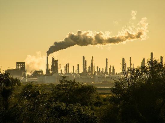 气候危机下 投资者开始将资金投向可持续发展的未来